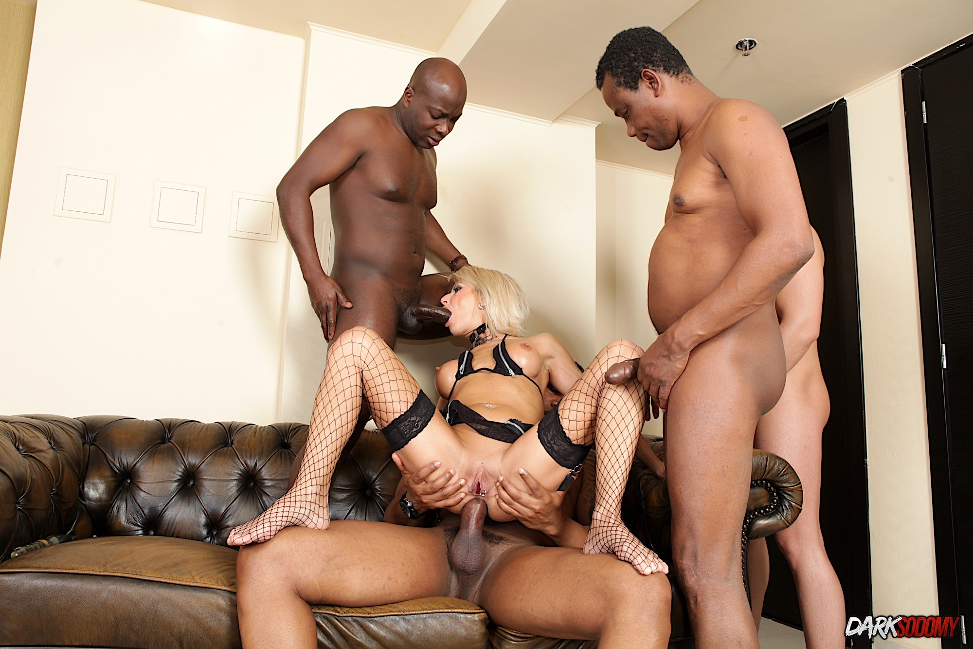 Wife takes friends in wild gangbang